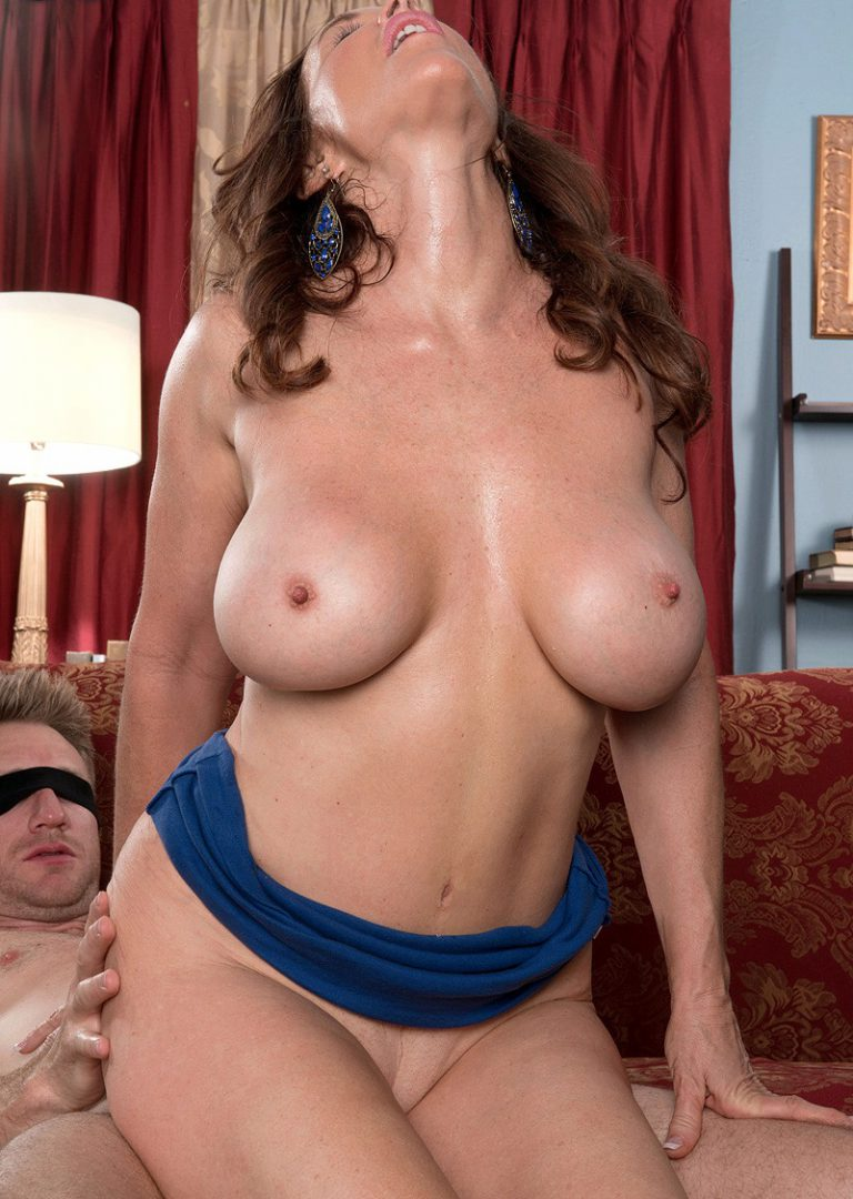 Jennifer white having sex