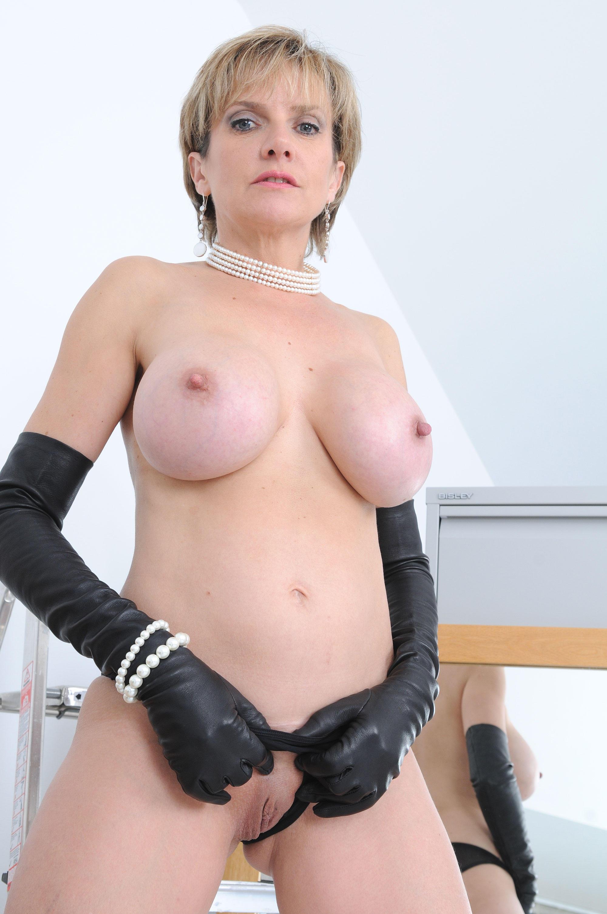 Lady Sonia порно
